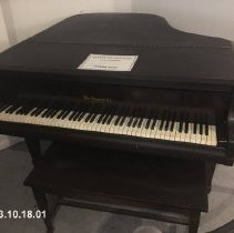 Image of Piano, Baby Grand - 1993.10.18.01