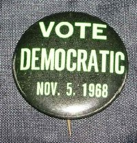 Image of 2006.012.334 - Button, Campaign