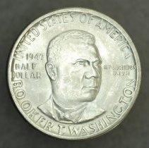 Image of 1947 Commemorative Half Dollar, Booker T. Washington Memorial, Breen-7567, US. - 2009.0032.0253