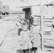 Image of Young girls in a shanty town, Cincinnati, Ohio, CG Lloyd
