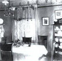 Image of House interior dinning room 3