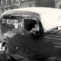 Image of Delivery truck 1938 City Delivery belonged to Ed Barrett - 2015FIC1175