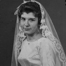 Image of Crose, Eilene became Mrs. Don Sprague 1964 - 2015FIC1296
