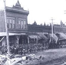 Image of Funeral processiom od O. Henderson 1906 - 2015FIC1652