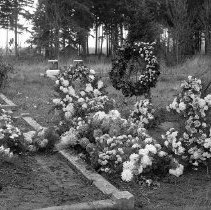 Image of Gravesite perhaps at Fairfield Hall-GS-10 - 2015FIC1673