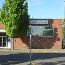 Image of 190 Garfield Street in 2015 Woodburn Public Works - 2015FIC1850