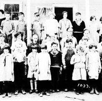 Image of Belle Passe School children abt. 1920 - 2016FIC2355