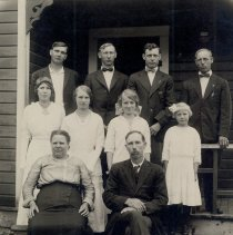 Image of Livesay Family  - 2016FIC2667