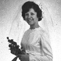 Image of Luffman, Mrs. Gene L nee. Kathleen Dieker - 2016FIC2706