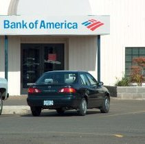 Image of Bank of America 110 S Pacific Highway in 2005 - 2016FIC2945