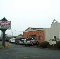 Image of Woodburn Veterinary Clinic 225 S Pacific Highway - 2016FIC3009