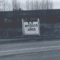 Image of T and T Antiques and Glass N Pacific Highway in 1979 - 2016FIC3874