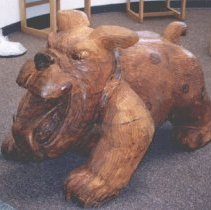 Image of Woodburn Bulldog carved of wood - 2016FIC4108