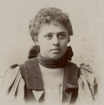 Image of Young woman unidentified abt, 1916 - 2016FIC4587