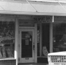 Image of Import Shack 237 Front Street in 1979 - 2016FIC4600
