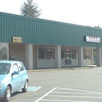 Image of Best Clothing 948 N Pacific Highway in 2004 - 2016FIC4720