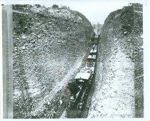 Image of RG4121.AM.S5.F111 TRAIN SCENE 21