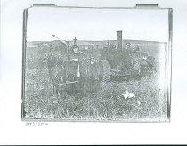Image of RG4121.AM.S5.F142.Thrashing.Stats.Kansas.State.H.S.CopiedPhotographN.B983-2