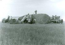 Image of RG4121.AM.S5.F142.Thrashing.Stats.Kansas.State.H.S.Wm.Bolan.Harvesting.07.0