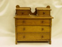 Image of 13154-3 - Dresser, Toy