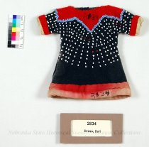 Image of 2834 - Dress, Doll; Omaha, Beaded, Navy & Red Wool
