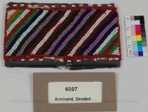 Image of 6007 - Armband, Beaded; Geometric
