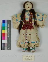 Image of 7010-572 - Doll, Indian Woman, Sioux