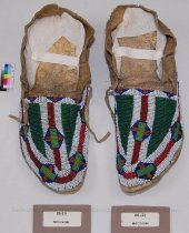 Image of 86-(1-2) - Moccasins, Buffalo Track, Non-Sioux, Sioux Style; Check W/ Dot on Object