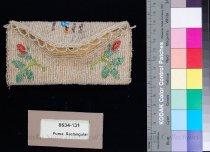 Image of 8634-131 - Purse, Rectangular; 1911, Floral, Snap Flap