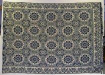 Image of 8688-1 - Jacquard Coverlet; Carpet Medallion Centerfield