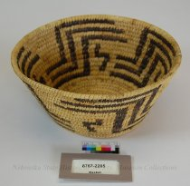 Image of 8767-2205 - Basket; Bowl Shape; Geometric; Two Tone