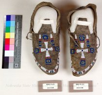 Image of 9063-11-(1-2) - Moccasins, Sioux, Cross