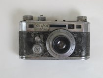 Image of 9671-30-(1-2) - Camera, 35Mm, Perfex, W/ Case; Of Grant W. Peacock