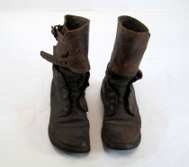 Image of 10888-2-(1-2) - Boots, USA, Combat, Pair; Of Robert Divine