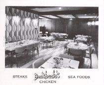 Image of 13373-153 - Postcard; Dreisbach's, Grand Island