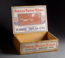 Image of Kibbe Bros. Co. Peanut Butter Kisses Packing Box - CVHM-96.239
