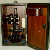 Image of 1994.1617 - Microscope