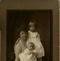Image of 2010.02 - Portrait of Blanche Still Laughlin with children Mary Jane and George Andrew Laughlin