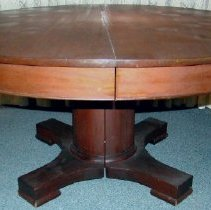 Image of 1995.12 - Dining Table from the Home of Andrew Taylor Still