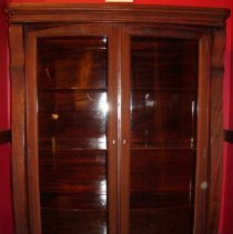 Image of 1995.12 - Still Family Curio Cabinet