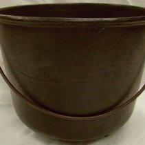 Image of 1994.1579 - Baking Pot