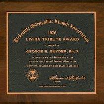 Image of 2004.204 - Living Tribute Award 1976