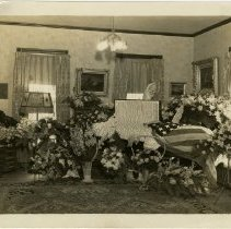 Image of 2004.229 - Dr. P.J. Stryker's Funeral, Dockery Home