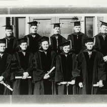 Image of 2004.233 - Ten members of the Kirksville College of Osteopathy & Surgery Class of 1948 Jan in caps and gowns
