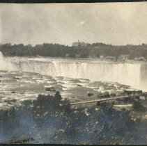 Image of 2011.79 - Niagara Falls