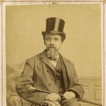 Image of Parcell Photo AT Still in Suit and Tophat