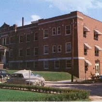 Image of 2008.33 - Laughlin Hospital and Clinic Postcard