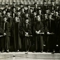 Image of 1984.951 - Kirksville College of Osteopathy & Surgery Class of 1950 Jun in caps and gowns