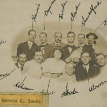 Image of 1985.1038 - Postcard with early American School of Osteopathy graduates