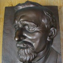 Image of 2013.01 - Painted ceramic casting of Andrew Taylor Still